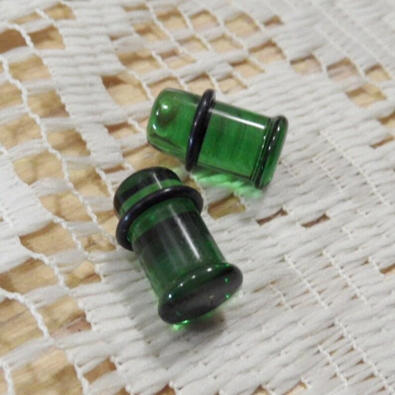 Glass plugs 0g gauges 0g green glass plug