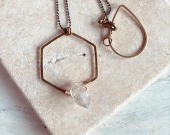 Modern Necklace, Quartz Necklace, Crystal Necklace, Geometric, Minimalist Style, Minimalist Fashion, Mixed Metal Necklace, Boho Style