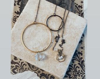 Modern Necklace, Quartz Necklace, Crystal Necklace, Minimalist Style, Minimalist Fashion, Mixed Metal Necklace, Boho Style