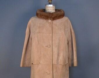 Vintage 1960s Harris' Tan Ultra-suede Jacket w/Fur Trim Collar