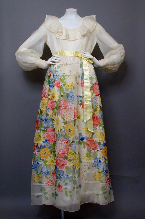 Vintage 1960s Floral Day/Party/Hostess Dress