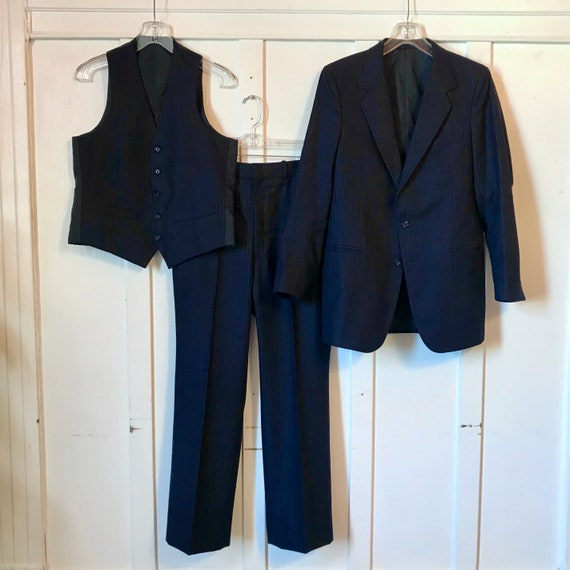 Vintage JC PENNEY Men's Navy Pinstripe Wool 3-pc S