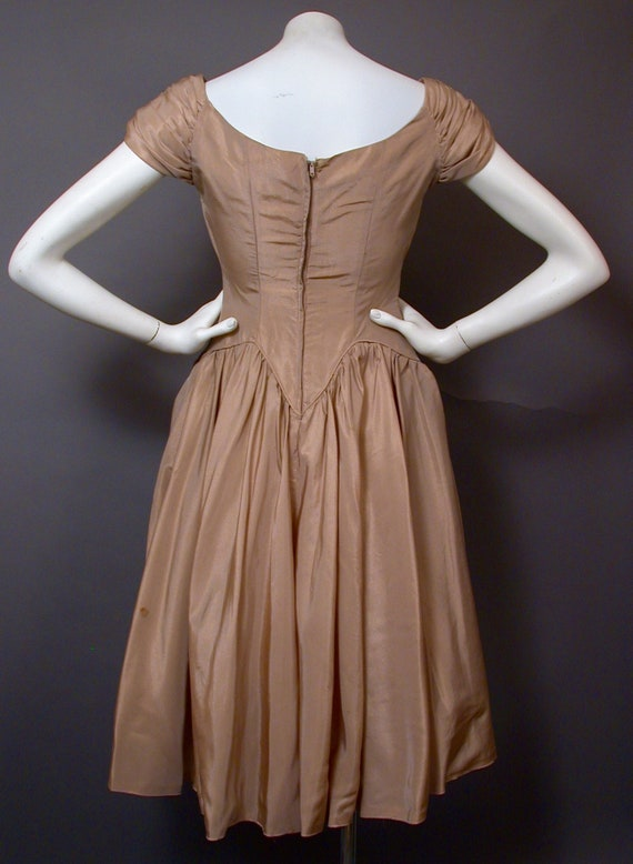 Vintage 1960s Light Brown Party/Prom Dress - image 4