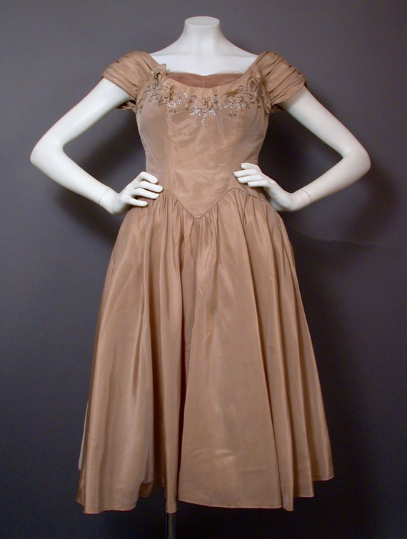 Vintage 1960s Light Brown Party/Prom Dress