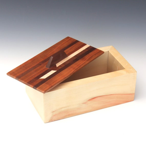 Boxelder Beauty Box 186B