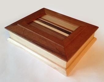 Panel Medley Box 193