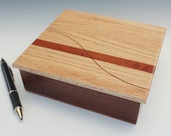Peaceful Curve Valet Box