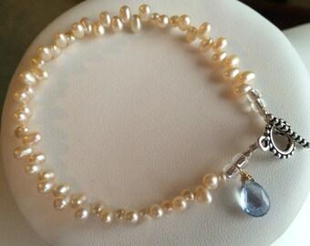 Bracelet - Zig Zag Freshwater Pearls, Aquamarine Briolette