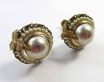 JMS Earrings Pearls Signed Screw Backs 40s Jewelry Manufacturing Co 9202