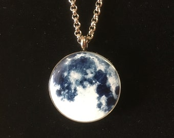 Moon Aromatherapy / Scent Locket
