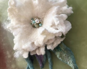 Wool flower.Broochflower, cream  white flower merino wool,bam beads