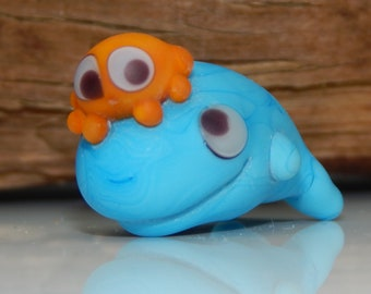 Squeedle Charm Clip Lampwork Blue Orange Octopus Whale Cute Character Diabetes Ocean Sealife Fun