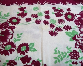 Vintage Tablecloth, Vintage Kitchen, 1950s Tablecloth with Flowers, Red Yellow and Green, Tablecloth With Pretty Red Flowers