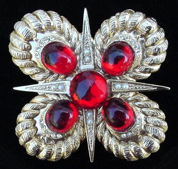 1960's Vintage Maltese Cross Brooch Pin - Collecti