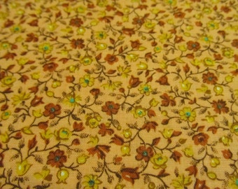 Free Shipping! Vintage Calico in Salmon. 1/2 Yard. 16121