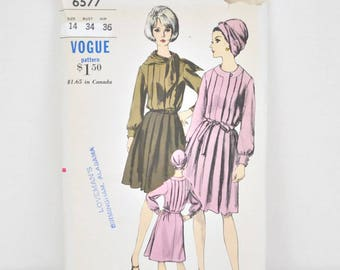 1960's Vogue 6577 - Pleated Dress and Scarf - Bust 34