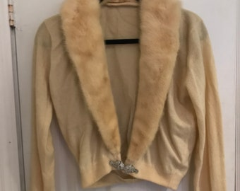 Vintage Old Hollywood fur trim cardigan  1940s