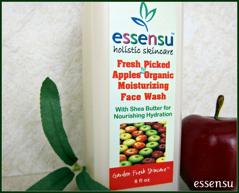 Organic Fresh Picked Apples Moisturizing Botanical  Face Wash image 0