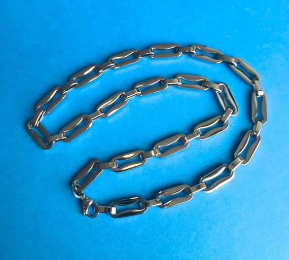 """DEALS -  Curvy Oval Link Chain 21"""" in Surgical Steel 316L 1 necklace per order small links are open"""