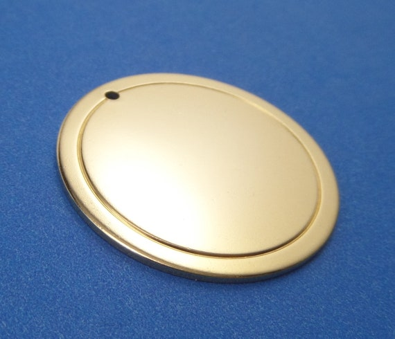 "10 Brass Border Circle Disc 18 Gauge 1-1/4"" 31.75mm with 1.5 mm Hole Tumble Polished- Lead Free"