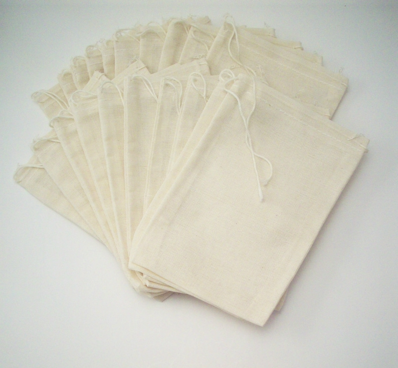 20 pack of Eco Friendly Reusable Gift Packaging 4x6 Muslin Bags