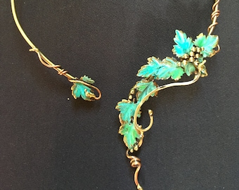 LEAVES & GRAPE berries  patina Choker/Necklace