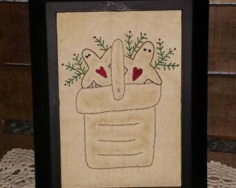 Gingerbread Men in a Basket Primitive Stitchery