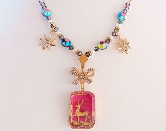 Pink Christmas Necklace - Retro - Reindeer Necklace - Best Christmas Gift - CHRISTMAS MAGIC