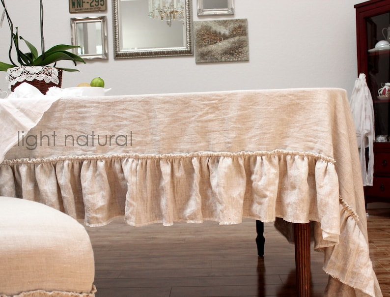 TABLE CLOTH...linen with frayed ruffle Lilly