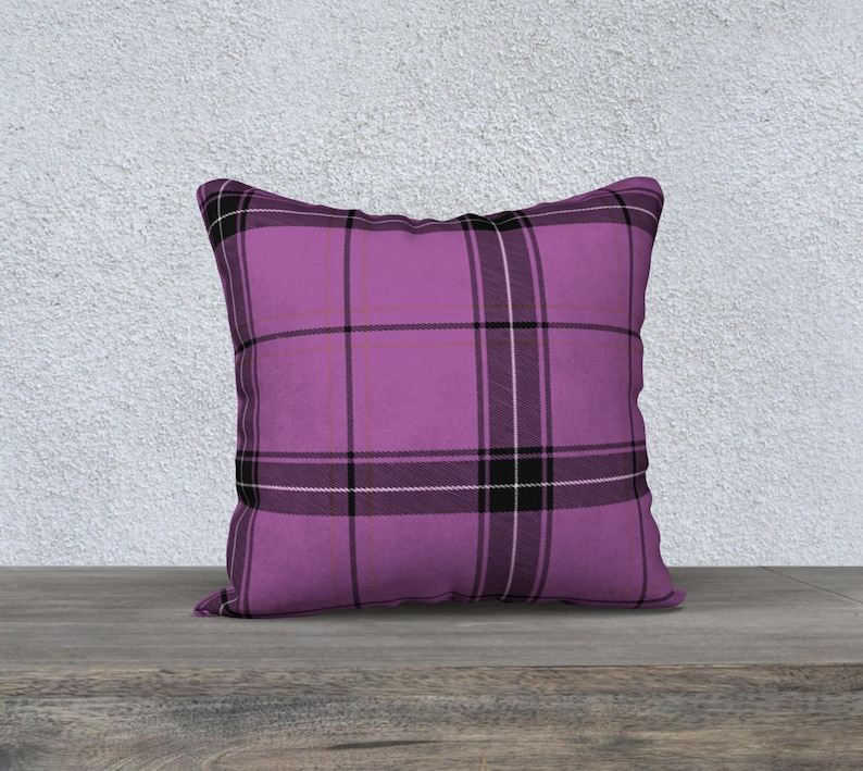 lilac plaid 18 x 18 Pillow Case image 0