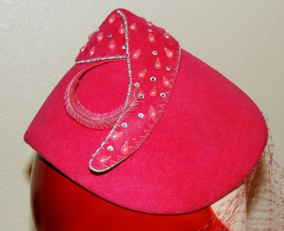 1930s/40s Flamingo Pink Hat