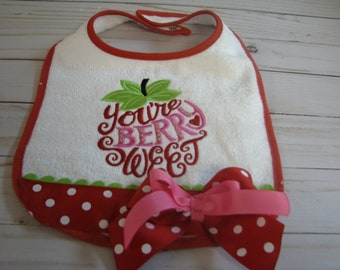 red strawberry  birthday bibs, 1st birthday bib, smash cake bib, 2nd birthday bib, strawberry shortcake birthday  bib,  red  strawberry  bib