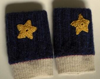 Fingerless gloves- children's 3-5 years- recycled wool