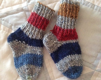 SOLD  Handknit baby socks- size 0-6 months- washable wool- 1 pair