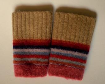 Fingerless gloves- children's 6-8 years- recycled wool