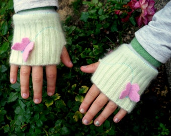 Fingerless Gloves- girls 6-8 years- recycled cashmere and wool