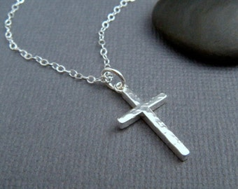 silver cross necklace. MEDIUM. hammered cross pendant. sterling silver. simple. minimalist necklace. christian jewelry. 3/4 inch