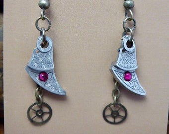 Steampunk Jewelry - Precious Time  - Steampunk Earrings - Repurposed art