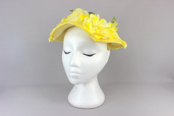 1950's Yellow Flower Hat / Vintage Garden Party Ha