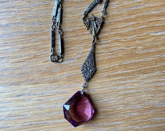1920-1930 Filigree Link Necklace with Glass Pink/Purple Pendant