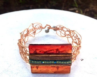 Glass and copper cuff, crocheted, red glass, copper chain, geometric, Art Deco,