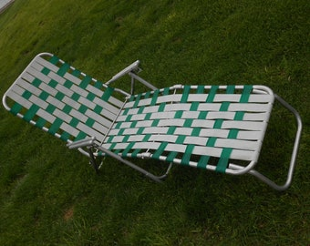 Vintage aluminum folding lawn chair lounger chaise lounge webbed green white