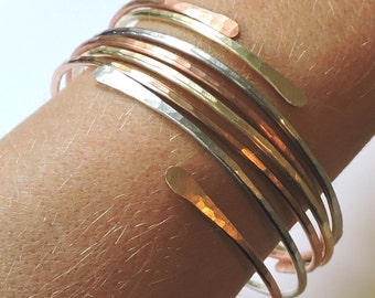 Open End Bangle Bracelets - FOUR Hammered Stackable Bangles - Mixed Metals - 1 Copper 1 Brass 1 Bronze 1 German Silver - Stacking Bangle