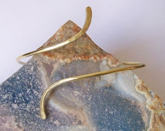 Gold Armlet - Armband - Smooth With Hammered Ends Lightly Curved Armband - Upper Arm Cuff - Brass Armlet - Brass Bronze Copper Silver