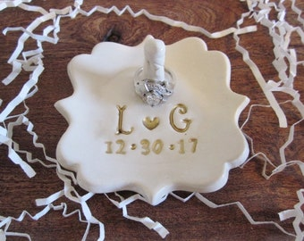 Wedding Ring holder, engagement ring holder, Ring holder Dish, Wedding Gift for Couple, Bridesmaid gift, ring dish, ring bearer bowl