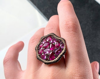 Unique Sapphire and Diamond Cluster Ring (A001964)
