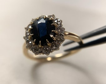 14k yellow gold halo-style Blue Sapphire ring (A2372)