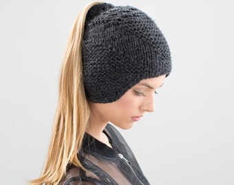 Tatarka hat - convertible with optional pony tail slit
