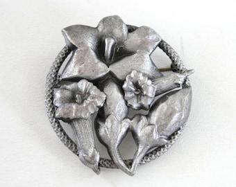 Tubular Flower Pin Silver Beautiful Vintage