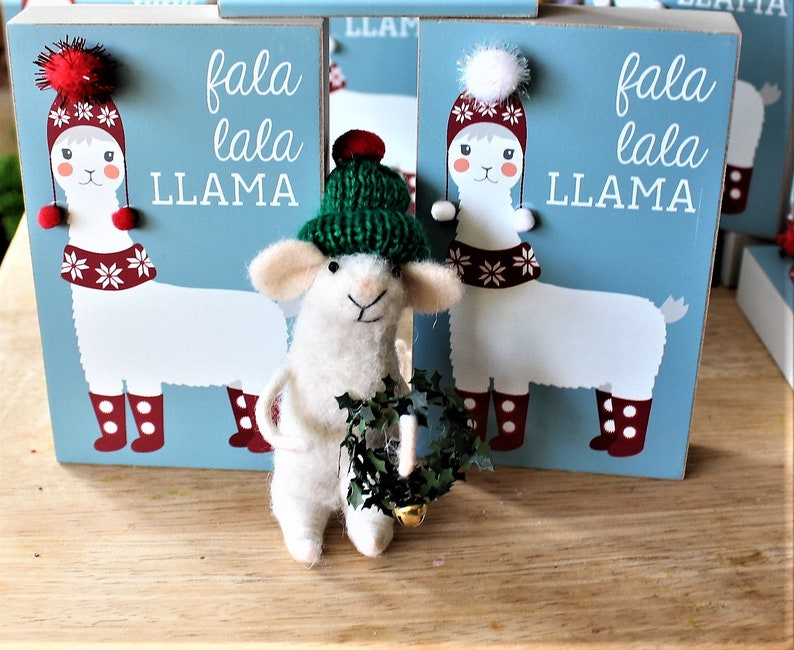 White felted mouse & Tiny Christmas wreath-Green beanie or red mouse & Llama frame